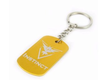 Team Instinct Dog Tag Pokemon Go anime Nyckelring