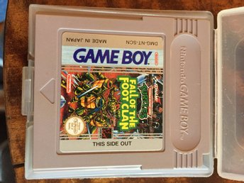 "Nintendo Gameboy Turtles ""Fall of the foot clan"""
