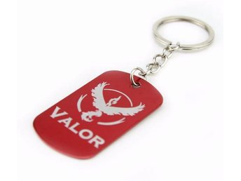 Team Valor Dog Tag Pokemon Go anime Nyckelring