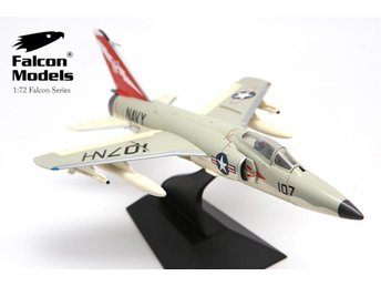 Falcon Models Grumman F11F Tiger - US Navy carrier fighter - 1/72 scale. Nice!