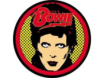 BOWIE - (3,5 cm) Badge/ Pin/ Knapp (Ziggy Stardust, Spiders From Mars, Glamrock, - Falkenberg - BOWIE - (3,5 cm) Badge/ Pin/ Knapp (Ziggy Stardust, Spiders From Mars, Glamrock, - Falkenberg