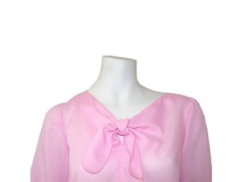Blouse med knute str. M - Norway - Blouse med knute str. M - Norway