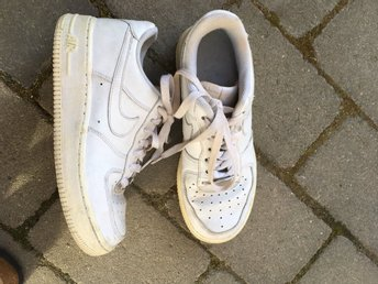 Nike air force storlek 36.5 VITA