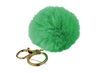 Nyckelring Fluff  pompom fuskpäls Äppelgrön (325208901) ᐈ Sustra på ... 37992506427aa