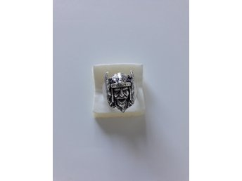 Vikings tung silver ring