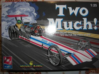 AMT Two Much, Twin Engine Rail Dragster, skala 1:25