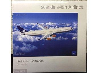 Herpa SAS Scandinavian Airbus A340-300 SE-REA, Godfred Viking 1/200 plast - Karlstad - Herpa SAS Scandinavian Airbus A340-300 SE-REA, Godfred Viking 1/200 plast - Karlstad