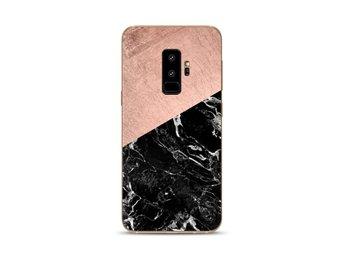Javascript är inaktiverat. - Umeå - Vackert marmor-skal till din Samsung Galaxy S9+Tillverkat i TPU med snyggt klart marmormönster.Extra snygg passform runt kameran!Passar: Samsung Galaxy S9+Färg: Rosa & SvartMaterial: TPUUtformningen: Slimmat skal med maximal åtkomst till telefo - Umeå