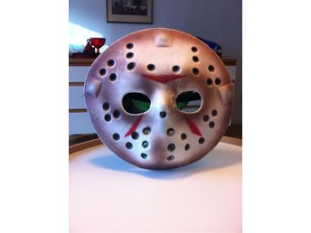 "HALLOWEEN MASK JASON ""FREDAGEN DEN 13:E"""