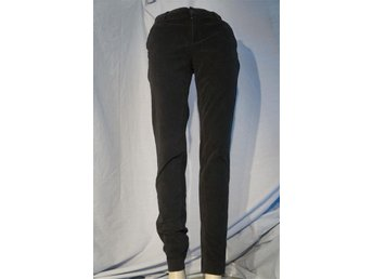 Svarta Manchester Jeans i stretch. Europan culture Royal DUE Italy Waist 30 tum.