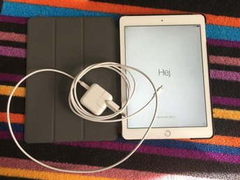 iPad Air2 16GB WiFi Silver/White  - Garanti tom april 2017