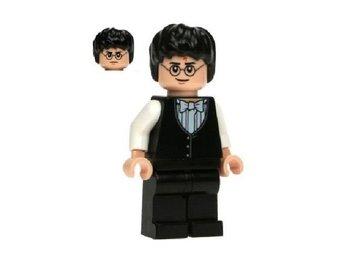 Javascript är inaktiverat. - Uddevalla - Äkta Legofigur ! - Ej Magnet eller nyckelring Helt nyPengarna ska betalas in på mitt konto inom fyra dagar efter avslutad auktion. Skickar varan när pengarna landat på mitt konto. Alla uppgifter finns i Traderas Vinnarmail. OBS!! – Ni f