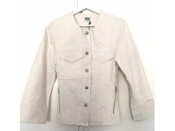 "Off white light jacket with ""denim like"" references. Very nice! s.36/38 (12)"