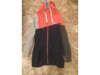 Warp / lång hoodie / storlek 42 - Mellbystrand - Warp / lång hoodie / storlek 42 - Mellbystrand