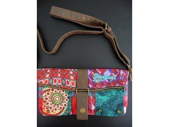 Axelväska DESIGUAL - New Clutch Annelise - Bag Desigual.