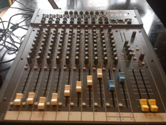 Mixer Soundcraft spirit folio f1