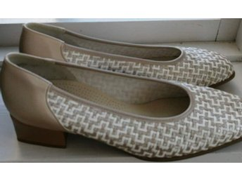 JENNY by ARA pumps 39,5 NYA!
