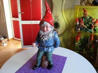 Äkta  Heissner tomte med ryggsäck antik gammal / Santa with Backpack
