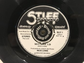Nick Lowe - So It Goes (BUY 1) STIFF