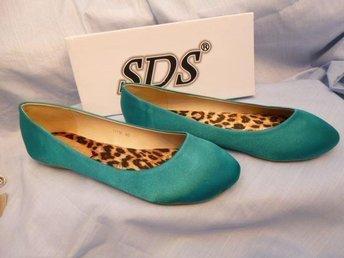 Turkos Ballerina sko med blommigt foder. SDS. Stl 38. - Norrtälje - Turkos Ballerina sko med blommigt foder. SDS. Stl 38. - Norrtälje