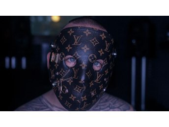 Handgjord Louis Vuitton mask