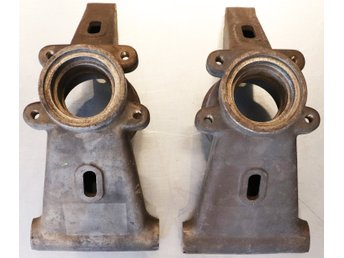 Porsche 917  / 930 2 axle supports back left and right