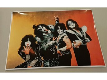 KISS PROMO POSTER