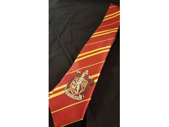 Harry potter slips Gryffindor