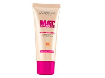 Loreal Paris Mat Magique  Foundation, Rose Ivory 02