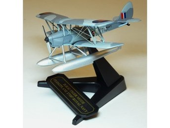 Oxford RAF Tiger Moth floatplane - 1/72 scale. Nice!