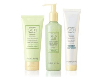 Mary Kay Satin Hands Pampering Set