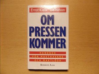 Javascript är inaktiverat. - Höganäs - Bonnier Alba, 1997 210 sidor Höjd ca: 22cm Bredd ca: 14,5cm Vikt 440 gram Inbunden med skyddsomslag Mycket gott skick. Den här boken skickar jag som B-post för 36 kr. - Höganäs