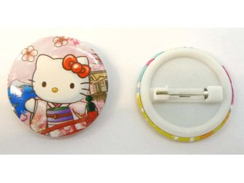 Hello Kitty Pinbrosch
