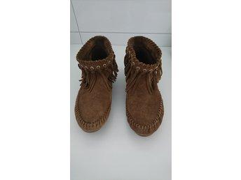 b9cd3c0b6c0 Mockasiner frans stövlar boots fransar svart mo.. (353039536) ᐈ Köp ...