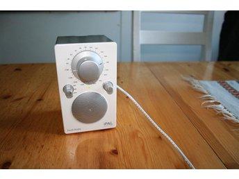 DESIGNER RADIO -TIVOLI AUDIO -HENRY KLOSS-SE UT SOM NY - åkersberga - DESIGNER RADIO -TIVOLI AUDIO -HENRY KLOSS-SE UT SOM NY - åkersberga