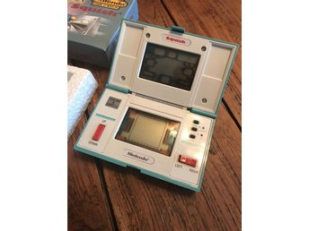 Game&watch Nintendo Squich