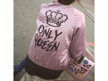 Rosa queen only jacka small
