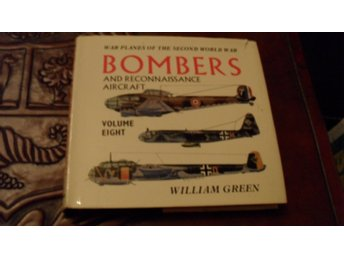 BOMBERS AND RECONNASSAINCE AIRCRAFT VOLUME EIGHT  WILLIAM GREEN        MACDONALD
