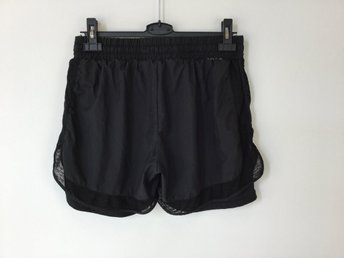 ONLY Play shorts, strl XL