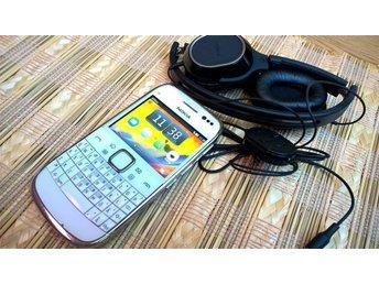 Nokia E6 olåst 3G-telefon med pekskärm, QWERTY tangentbord Nokia Headset OnEar - Nacka - Nokia E6 olåst 3G-telefon med pekskärm, QWERTY tangentbord Nokia Headset OnEar - Nacka