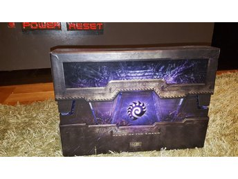 Starcraft 2: Wings of Liberty Collector's Edition komplett