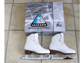 ᐈ Köp Hockey   Skridskor på Tradera • 664 annonser 6fbc60042e70c