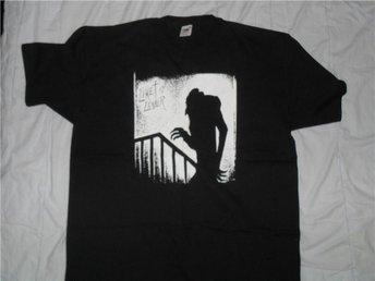 LIKET LEVER - (XXL) T-Shirt! (KBD, GBG, Wadling, Punk) - Falkenberg - LIKET LEVER - (XXL) T-Shirt! (KBD, GBG, Wadling, Punk) - Falkenberg