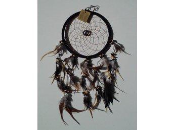 Svart drömfångare med träpärlor och cirkel av pärlor, 21,5 cm - Borås - Svart drömfångare med träpärlor och cirkel av pärlor, 21,5 cm - Borås