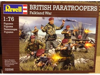 BRITISH PARATROOPERS   FALKLAND WAR          Revell  1/76 Byggsats