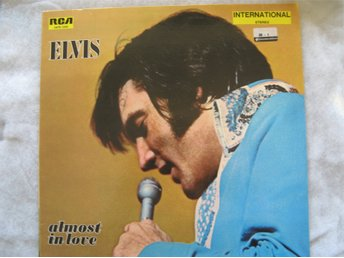 ELVIS PRESLEY -ALMOST IN LOVE With THE JORDANAIRES-RCA