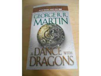 Bok - GAME OF THRONES - A DANCE OF DRAGONS - ENDAST 9kr