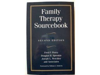 Javascript är inaktiverat. - Göteborg - Piercy m fl: Family Therapy Sourcebook Mycket gott skick. Namnad. Oläst. Jag är privatperson och kan inte ge dig garanti eller ångerrätt. De saker jag säljer är begagnade som du köper i befintligt skick. Titta därför noga på bilderna - Göteborg