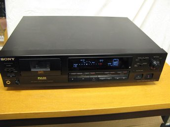 SONY DTC-690 Digital Tape Deck , DAT bandspelare
