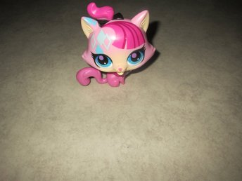 Större Littlest Pet Shop figur med ljudfunktion
